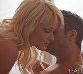 Capelli Biondi - Zoey Paige, Kris Slater 12