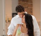 Abrasador - Megan Salinas And Giovanni Francesco 5