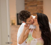 Abrasador - Megan Salinas And Giovanni Francesco 8