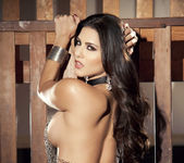 Sunny Unchained - Sunny Leone 24
