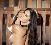 Sunny Unchained - Sunny Leone 25