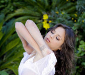 Garden Party - Nina James, Shyla Jennings 22
