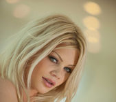 Love Encounter - Riley Steele 11