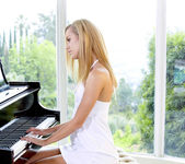 The Piano Lesson - Jessie Rogers 2