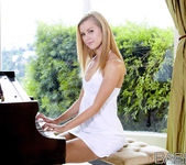 The Piano Lesson - Jessie Rogers 9