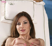 Alice Romain Uses A Dildo To Stick It Inside Her Pussy 11