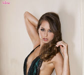 Riley Reid Satisfies Herself Until She Cums 3