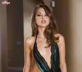 Riley Reid Satisfies Herself Until She Cums 5