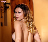 Heather Vandeven Enjoys Rubbing Her Pussy Continuously 11