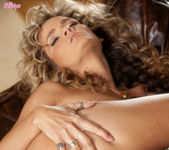 Prinzzess Felicity Jade Opens Her Tight Pink Pussy 12