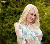 Tegan Jane Peels Off Her Clothes Outdoors 5