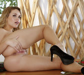 Mia Malkova Decides To Show You A Good Time 13