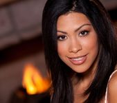 Cassandra Cruz Gets Naughty In Front Of A Warm Fire 4