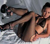 Sabrine Maui Shows Us Her Bedroom 12
