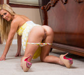 Cherie Deville - My Dad's Hot Girlfriend 16