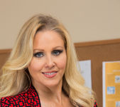 Julia Ann - Naughty Office 2