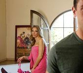 Juelz Ventura - My Dad's Hot Girlfriend 14