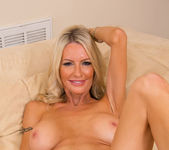Emma Starr, Julia Ann - Seduced By A Cougar 4