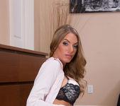 Juelz Ventura - Housewife 1 on 1 4