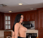 Luna Star - I Have a Wife 7