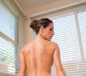 Kortney Kane - Housewife 1 on 1 12