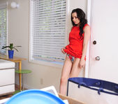 Lexi Belle - Housewife 1 on 1 13