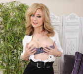 Nina Hartley - My Friend's Hot Mom 2