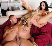 Jayden Jaymes, Phoenix Marie - 2 Chicks Same Time 18