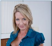 Mrs. Starr - My Friend's Hot Mom 4