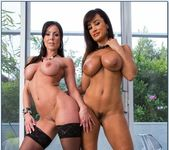 Kendra Lust, Lisa Ann - 2 Chicks Same Time 11