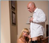 Nikki Benz - My Dad's Hot Girlfriend 12