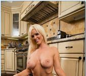 Kaylee Brookshire - Housewife 1 on 1 12