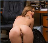 Izzy Taylor - Naughty Bookworms 8