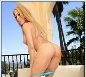 Capri Cavanni, Phoenix Marie - 2 Chicks Same Time 5