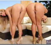 Capri Cavanni, Phoenix Marie - 2 Chicks Same Time 8