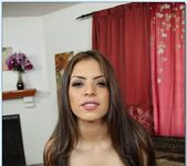 Yurizan Beltran - Housewife 1 on 1 15