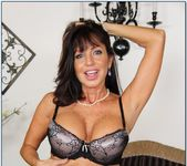 Tara Holiday - My Friend's Hot Mom 4