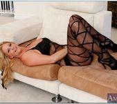 Phyllisha Anne - Seduced By A Cougar 2