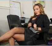 Nikki Sexx - Naughty Office 4