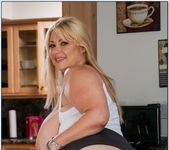 Samantha 38G - My Friend's Hot Mom 5