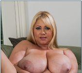 Samantha 38G - My Friend's Hot Mom 8