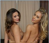 Carmen Mccarthy, Nicole Aniston - 2 Chicks Same Time 11
