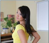 Evelyn Lin - My Naughty Massage 2