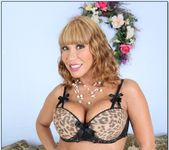Ava Devine - My Friend's Hot Mom 3