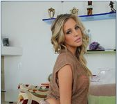Samantha Saint - My Dad's Hot Girlfriend 3