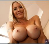 Emma Starr - My Friend's Hot Mom 3