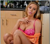 Samantha Saint - My Wife's Hot Friend 4
