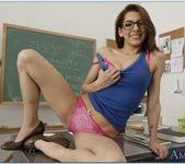 Lexi Bloom - Naughty Bookworms 6