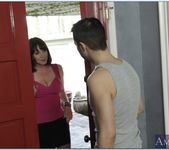 Rayveness - My Friend's Hot Mom 10