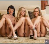 Julia Ann, Brandi Love, Eva Karera - My Friend's Hot Mom 7